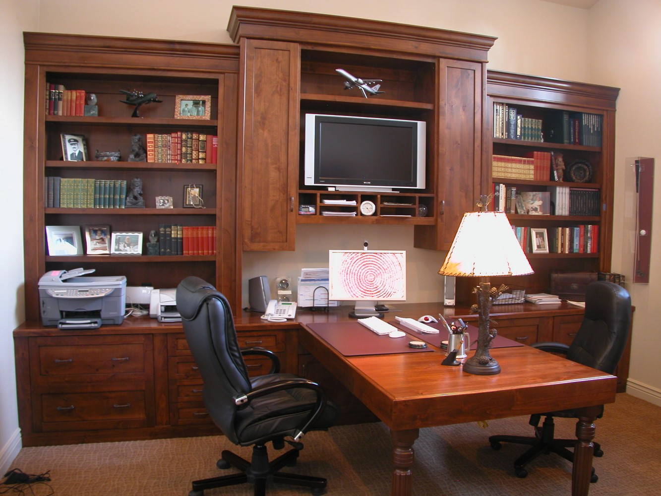Alder Wood Home Office Peninsula Desk With Turned Legs